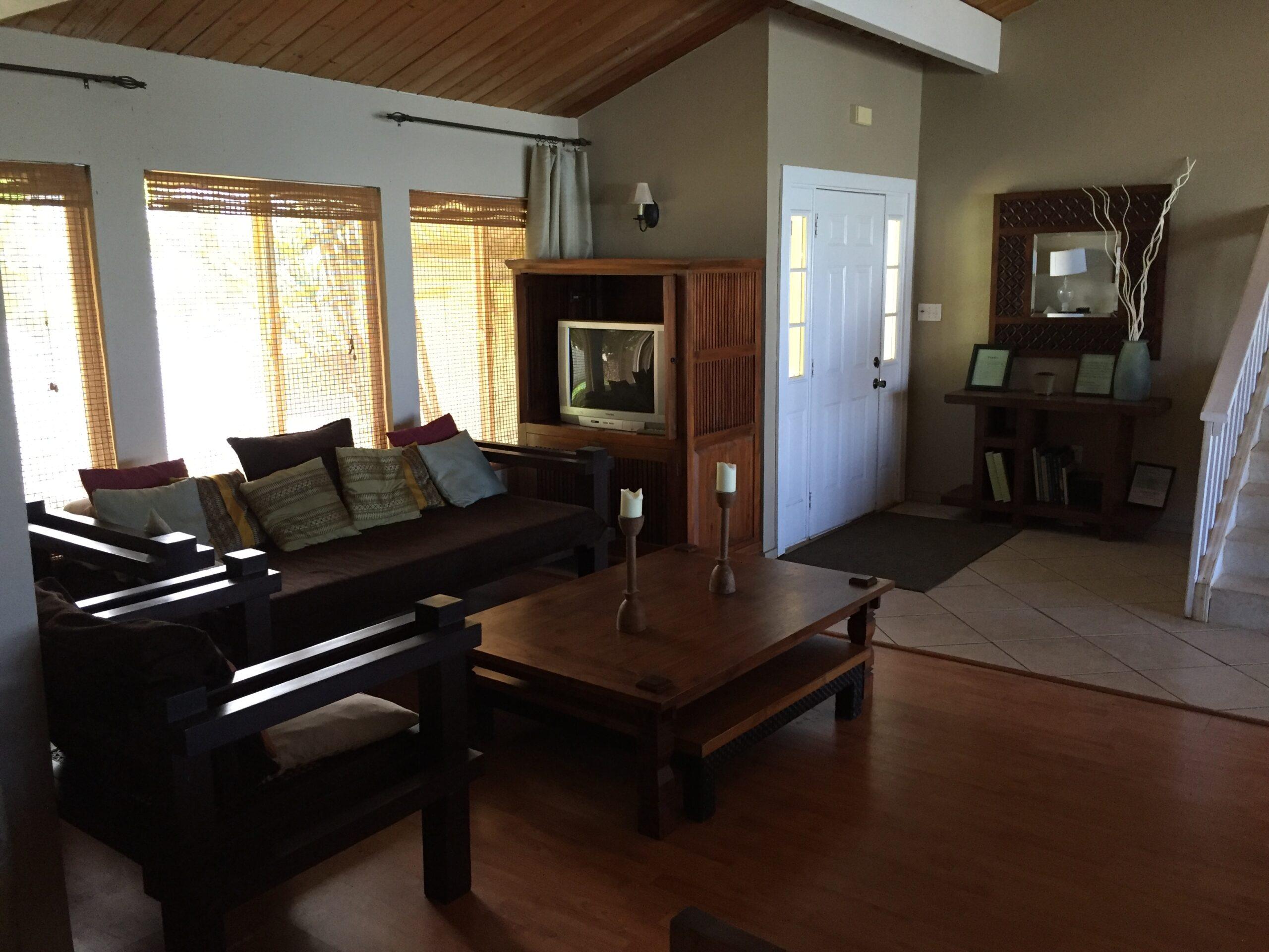 Family room Oahu rental house
